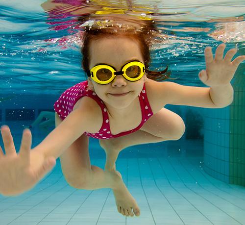 girl-swimming2